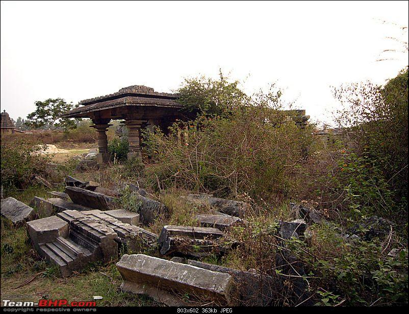 'Xing'ing around ! - An incomplete guide to Hoysala temples ;-)-127.jpg