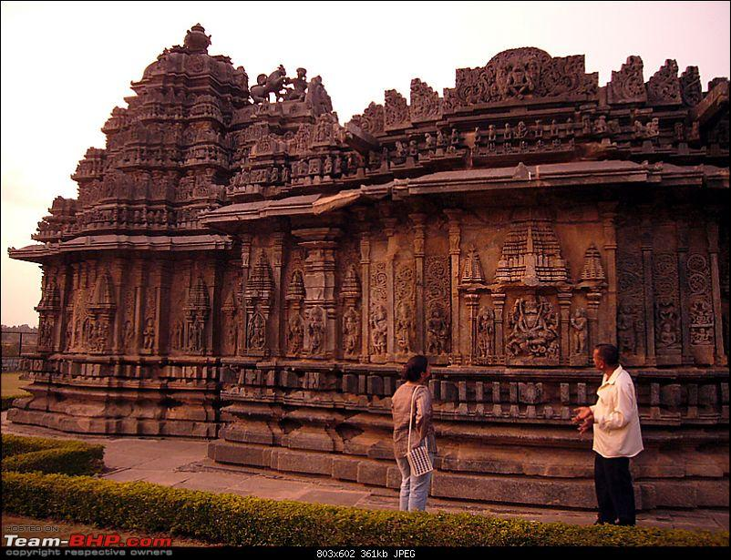 'Xing'ing around ! - An incomplete guide to Hoysala temples ;-)-1211.jpg