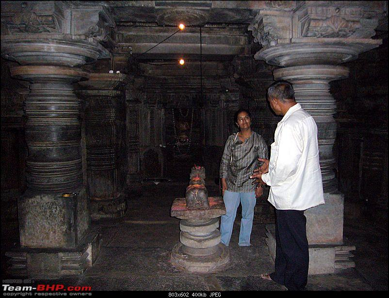 'Xing'ing around ! - An incomplete guide to Hoysala temples ;-)-1213.jpg