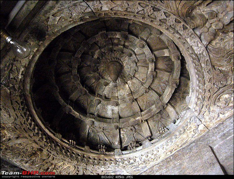 'Xing'ing around ! - An incomplete guide to Hoysala temples ;-)-1313.jpg