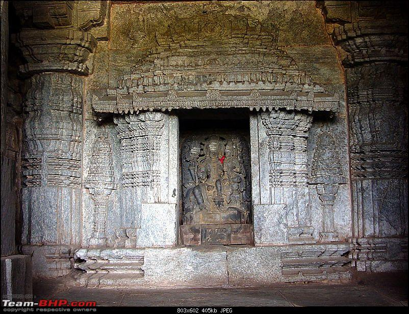 'Xing'ing around ! - An incomplete guide to Hoysala temples ;-)-159.jpg