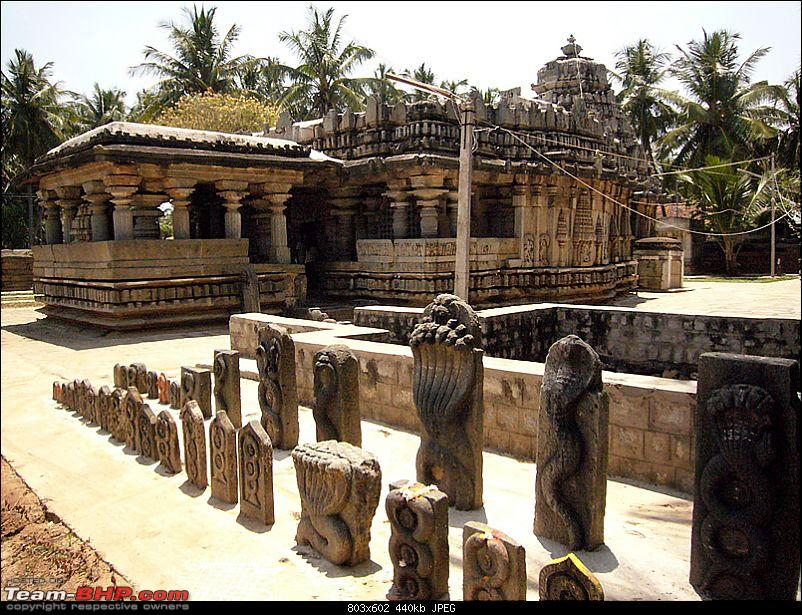 'Xing'ing around ! - An incomplete guide to Hoysala temples ;-)-1614.jpg
