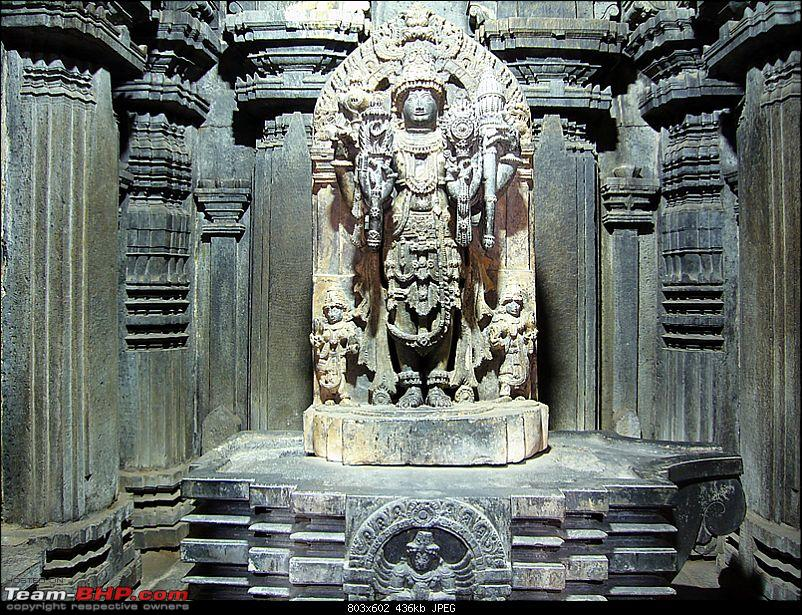 'Xing'ing around ! - An incomplete guide to Hoysala temples ;-)-184.jpg