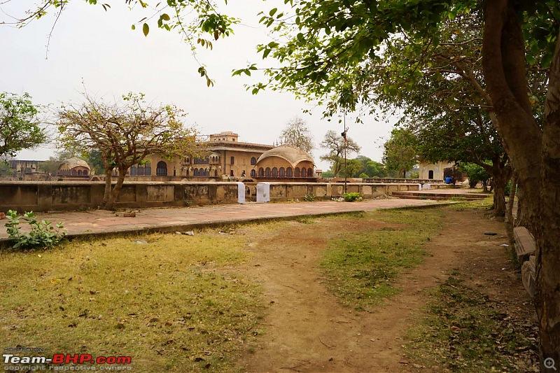 Hawk-On-Fours® (H-4®) Roadtrip: Of Forests (Sariska) & History (Siliserh, Deeg, Agra)-deeg-3.jpg