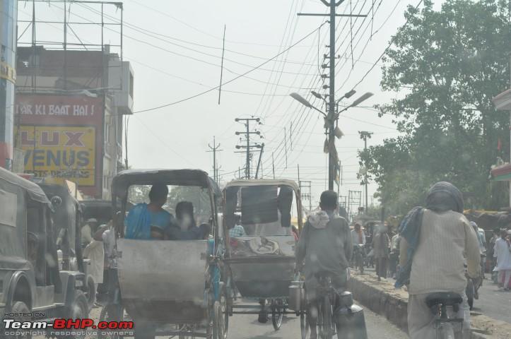 Name:  7_22Cycle rickshaws have right of way in Mughalsarai.JPG Views: 1721 Size:  130.3 KB