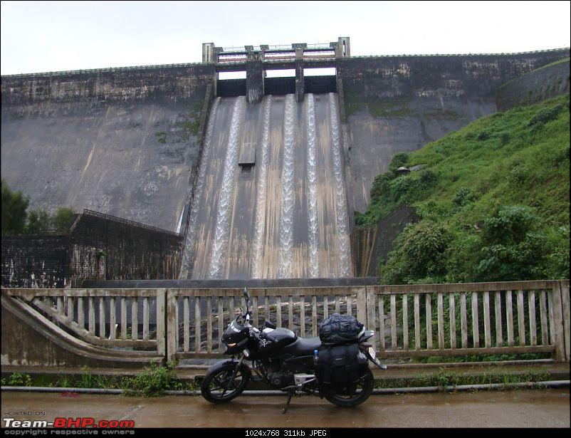 Wilderness on 2 wheels! 4 day Tristate ride (including Athirapally waterfalls)-sholayar.jpg