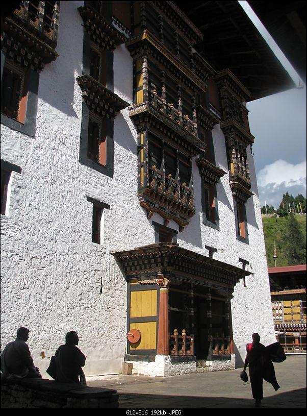 Nature, Culture & Fun – Jaldapara & Bhutan in a Safari Storme-b513.jpg