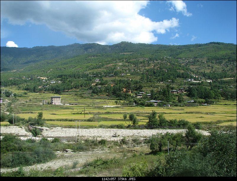Nature, Culture & Fun – Jaldapara & Bhutan in a Safari Storme-b515.jpg