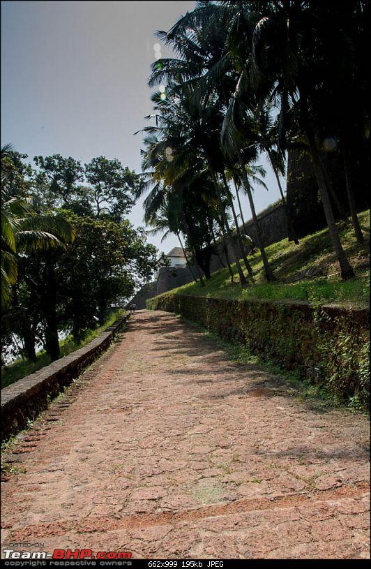 Wanderlust Traveler @ Goa: Beaches, Forts, Churches, Dolphins and a Taxi-suh_6856.jpg