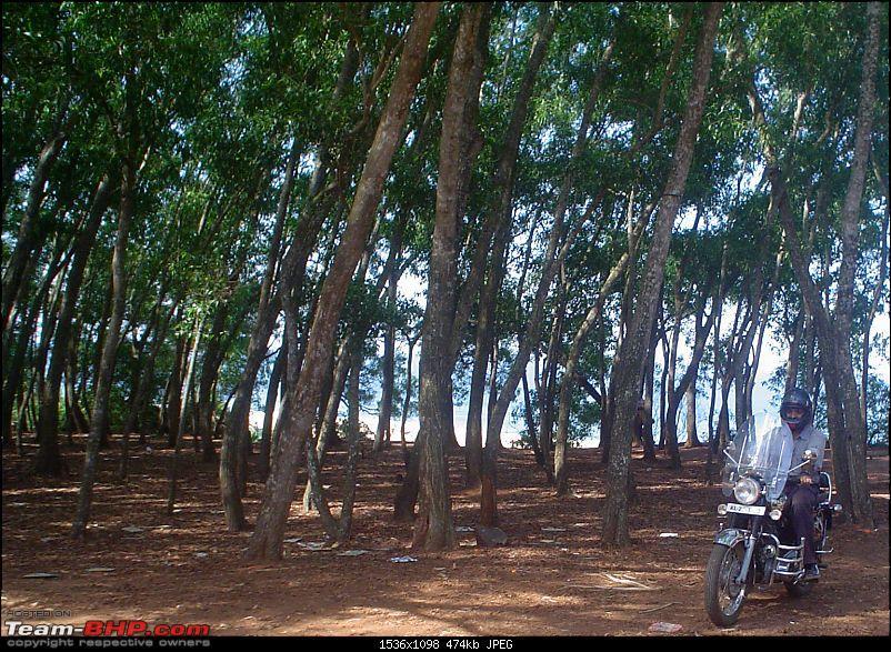 Unexplored exotic locations near Kovalam-09ridingoutcliff1.jpg