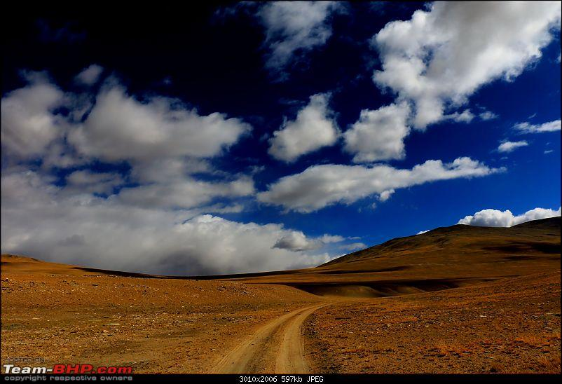 The Northern Expedition - Mumbai to Ladakh-lonely-roads.jpg