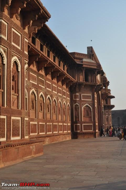 Name:  Arches of Jahangir Palace.JPG