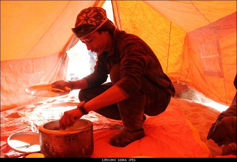 On a sheet of Ice - Chadar!-img_4068.jpg