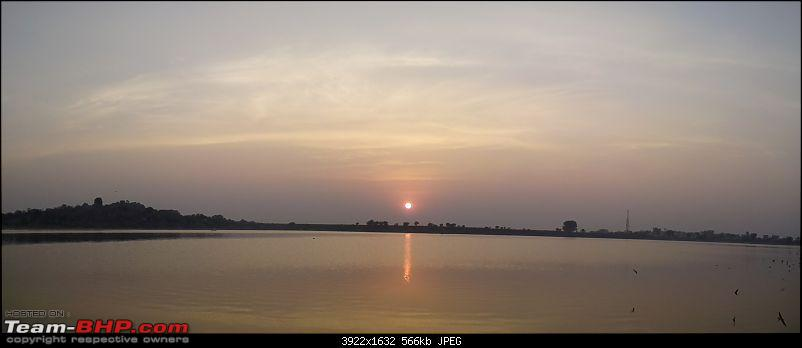 Punto to the rescue: Hyderabad to Asansol-sunrise-some-lake-enroute-.jpg