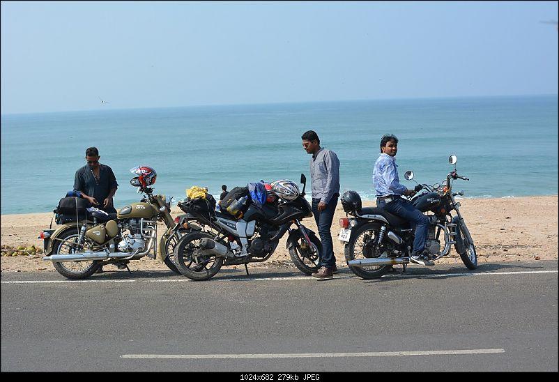 4 friends & motorcycles: From Ahmedabad to Somnath, Porbandar & Dwarka-22.jpg
