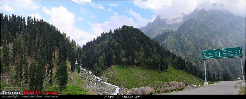 Sailed through the high passes in Hatchbacks, SUVs & a Sedan - Our Ladakh chapter from Kolkata-sonmarg-view-s.jpg