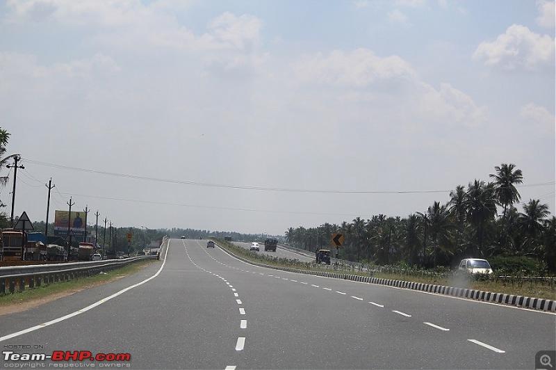 Raje's visit to Valparai (from Chennai)-12long-road.jpg