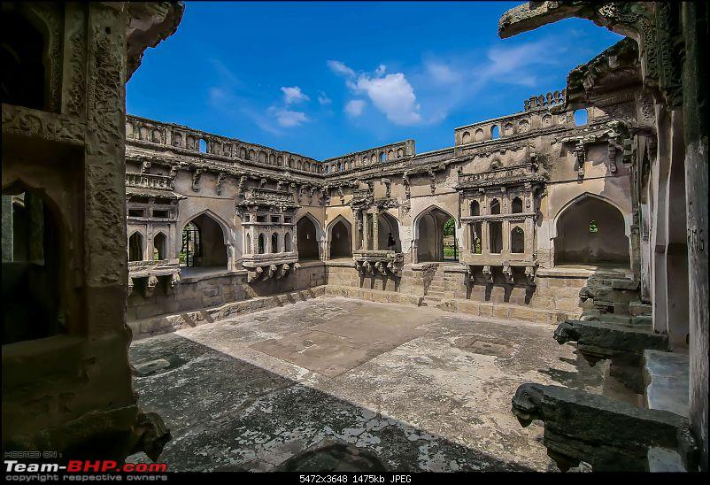 Hyderabad to Hampi, Deep Dive-queens-swimming-poll-1-.jpg