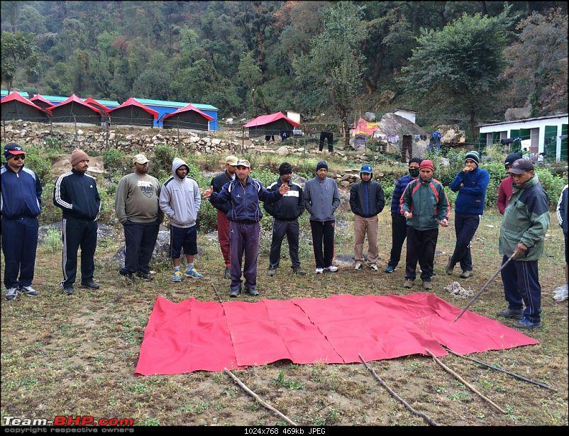 11,862 ft Trek & Summit - Siyari, Lower Himalayas-tentmaking.jpg
