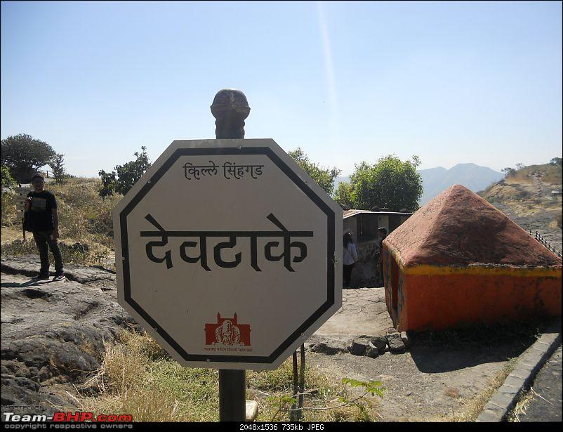 With my TUV300 to Sinhagad Fort, Balaji Temple, Narayanpur & Shivthar Ghal-17signboard-showing-devtakey.jpg