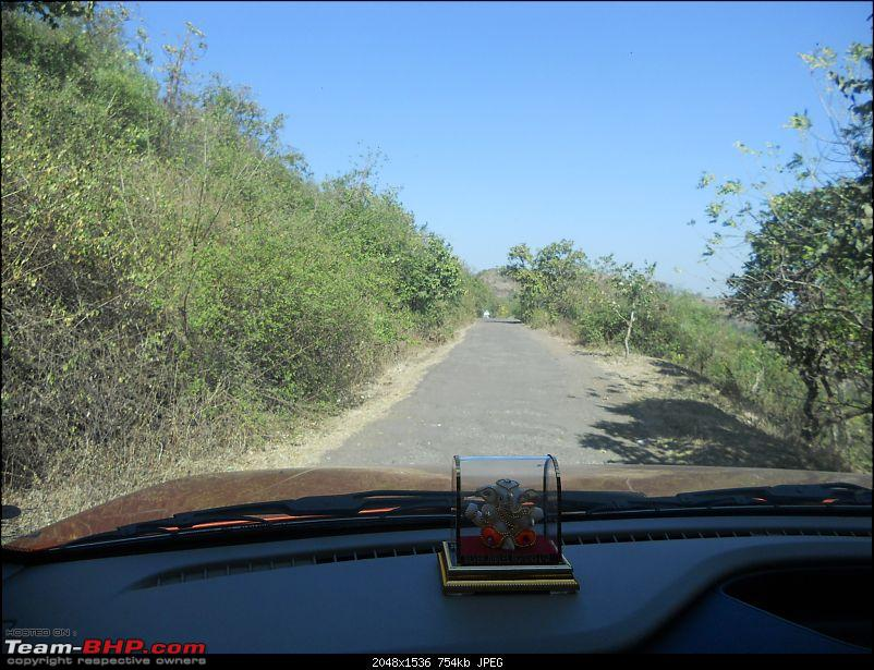 With my TUV300 to Sinhagad Fort, Balaji Temple, Narayanpur & Shivthar Ghal-32the-initial-good-patch-road.jpg