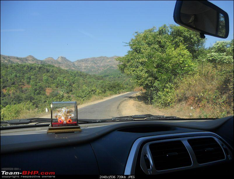 With my TUV300 to Sinhagad Fort, Balaji Temple, Narayanpur & Shivthar Ghal-10the-winding-road-through-lush-green-trees-beckons.jpg