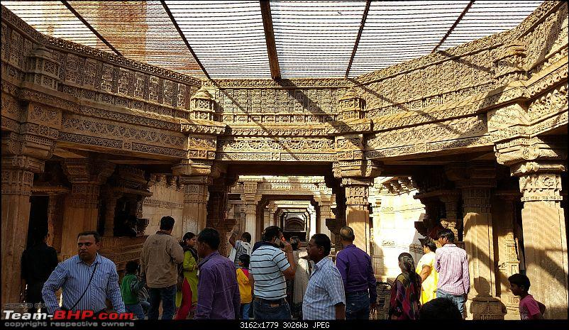 A road trip to Gujarat - Kuch din to gujaro Gujarat me-22_day4_ahmedabad_adalajstepwell_intricatecarvings.jpg