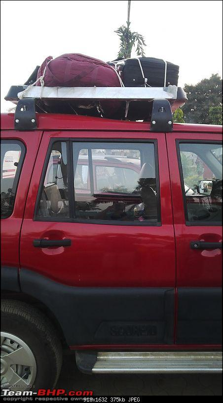 Mumbai to Rajasthan in a Zoomcar Scorpio!-luggage.jpg
