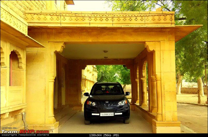 At the International Border - With an XUV500 to International Border Pillar No. 609-pirate-hotel.jpg