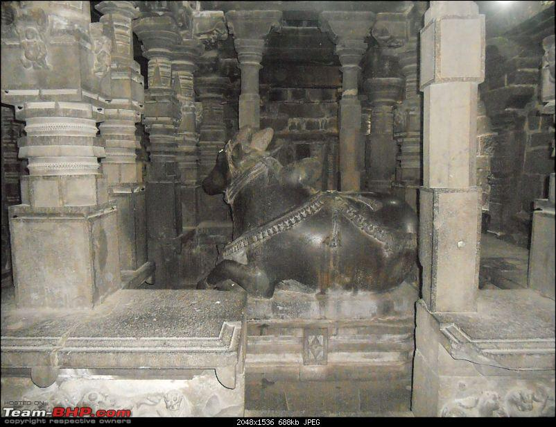 Short Sunday drive to Theur Chintamani & Bhuleshwar Temples-nandi-seen-south-side.jpg