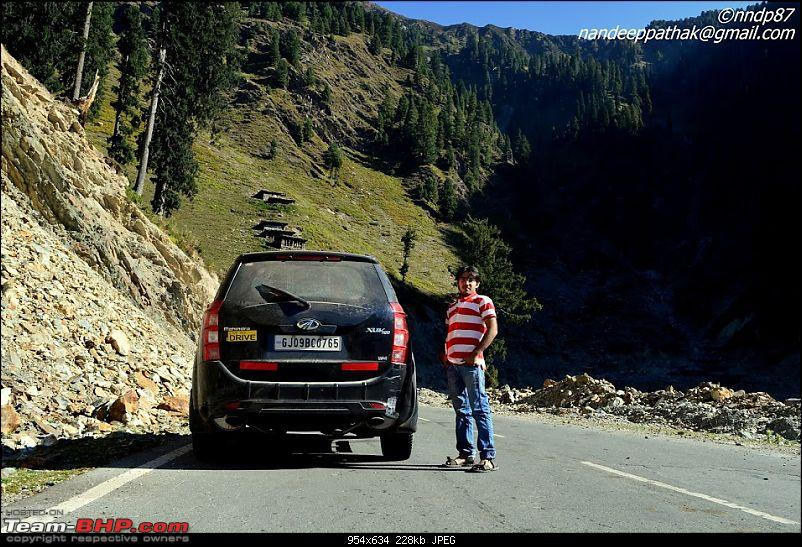 The Great Escape: Cliffhanger Kashmir, Valleys of Himachal, Mughal Road and much more-mughal-road-team-11.jpg