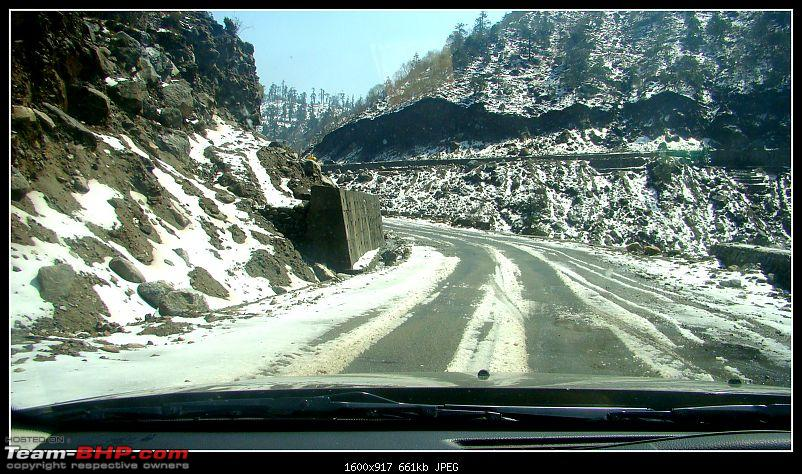 White Sikkim in a Duster AWD-first-snow-3-road.jpg