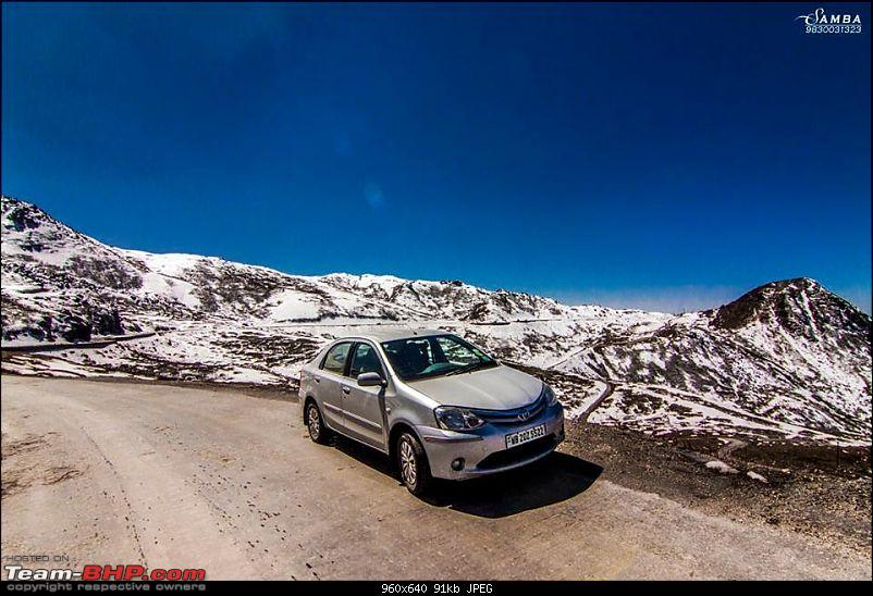 White Sikkim in a Duster AWD-12931128_1042894725782420_6143488749458310509_n.jpg