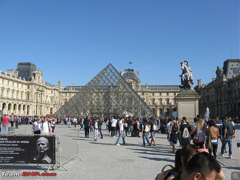 A Day in Paris-louvre-1.jpg