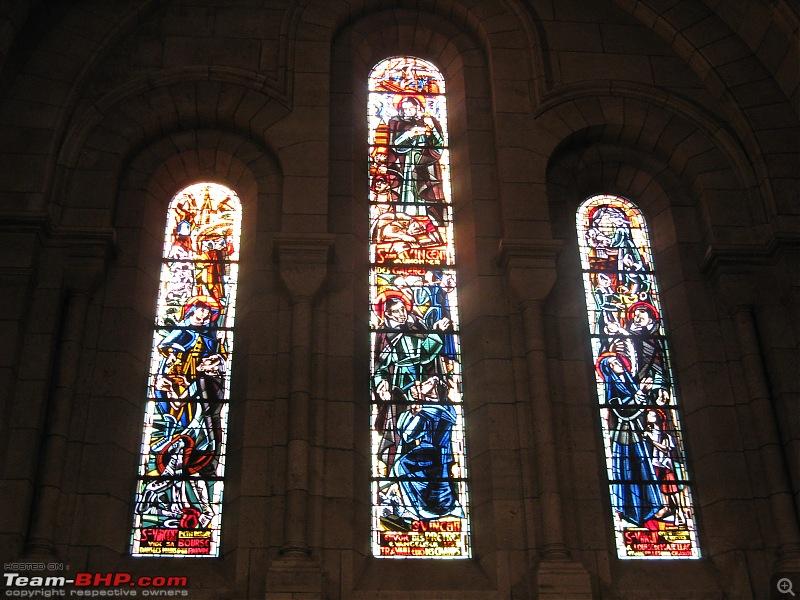 A Day in Paris-frescoes.jpg