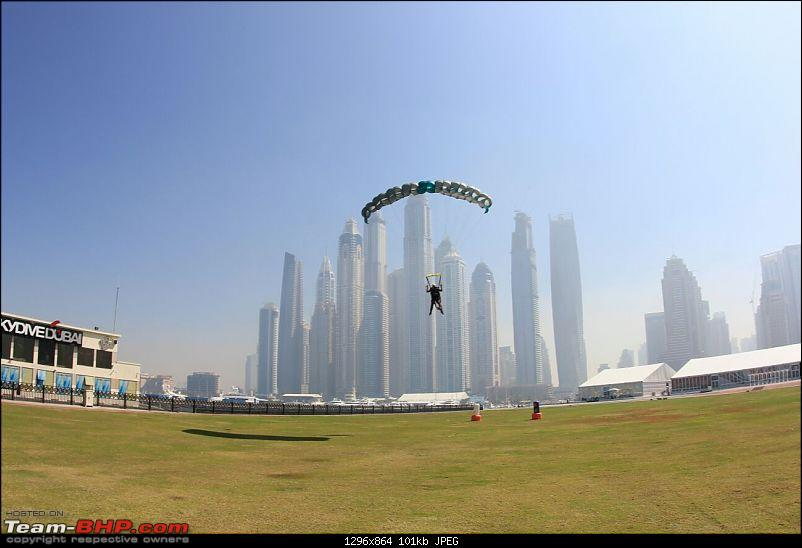Skydiving in Dubai - An exhilarating experience!-landing-1.jpg
