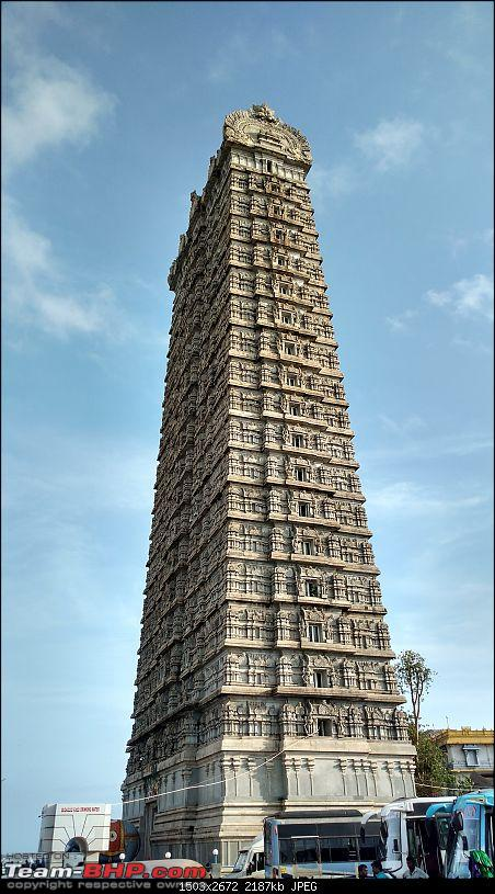 Road-Trip through West Karnataka-murudeshwar-gopuram.jpg