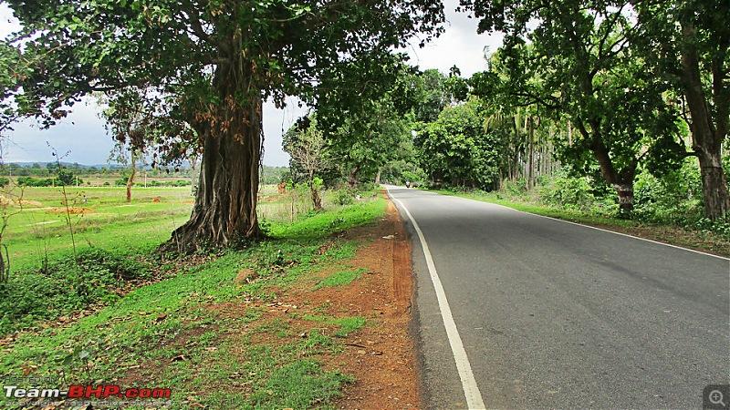 Photologue: Bangalore -> Kollur -> Murudeshwara drive-image00009.jpg