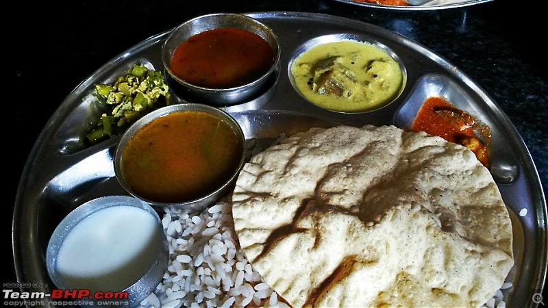 Photologue: Bangalore -> Kollur -> Murudeshwara drive-image00018.jpg