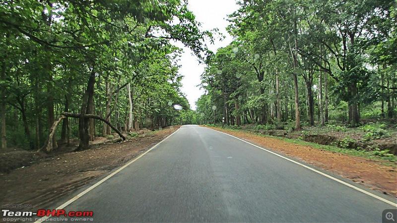 Photologue: Bangalore -> Kollur -> Murudeshwara drive-image00056.jpg