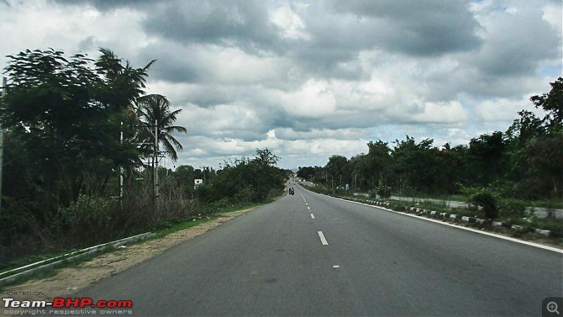 Photologue: Bangalore -> Kollur -> Murudeshwara drive-image00058.jpg