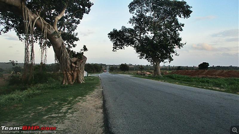 Photologue: Bangalore -> Kollur -> Murudeshwara drive-image00064.jpg