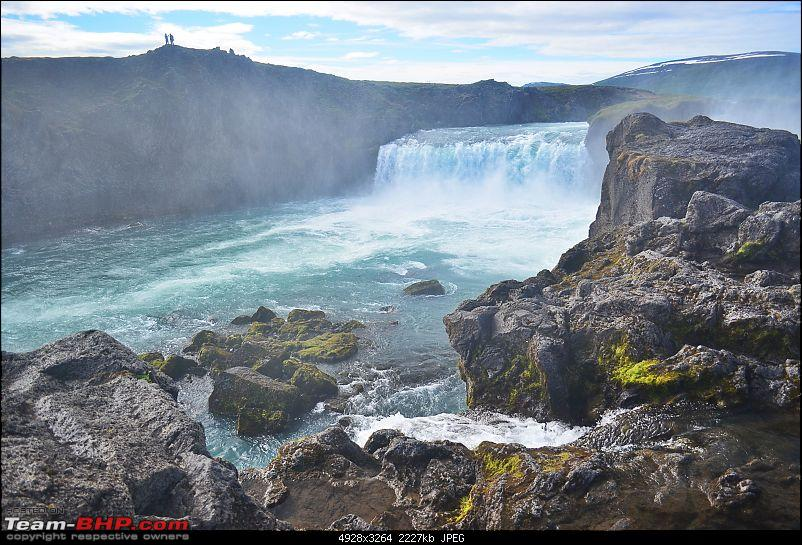 A Roadtrip in Iceland - 66°N-5.-godafoss.jpg