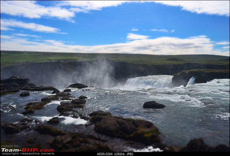 A Roadtrip in Iceland - 66°N-7.-godafoss-miniature.jpg