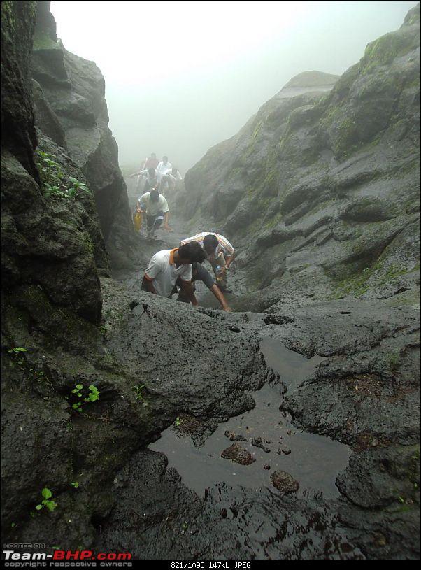 Monsoon masti: Malshej ghat, Jivdhan fort and Naneghat.-h-209.jpg
