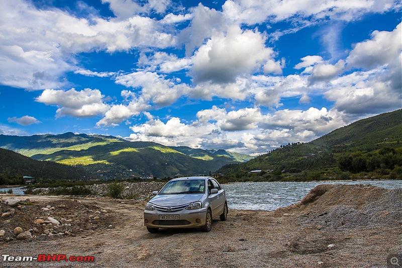 Throwback to a bygone era - Bhutan in a Bolero 4x4-img_1095.jpg