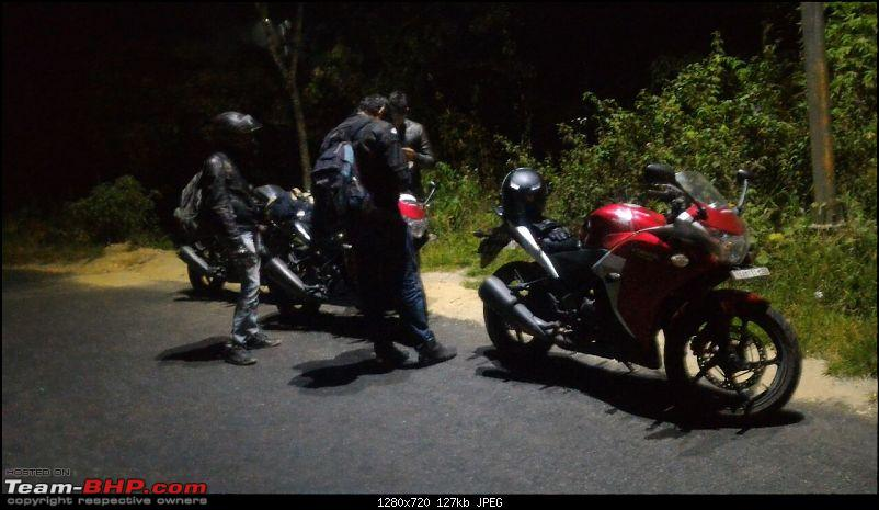2200 km ride on 4 Honda CBR250Rs - Ooty, Munnar, Kanyakumari & more-cold-night-munnar.jpg