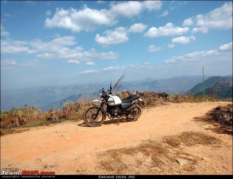 Rented an RE Himalayan from Caferides; rode to Ilaveezha Poonchira-viewpoint2.jpg