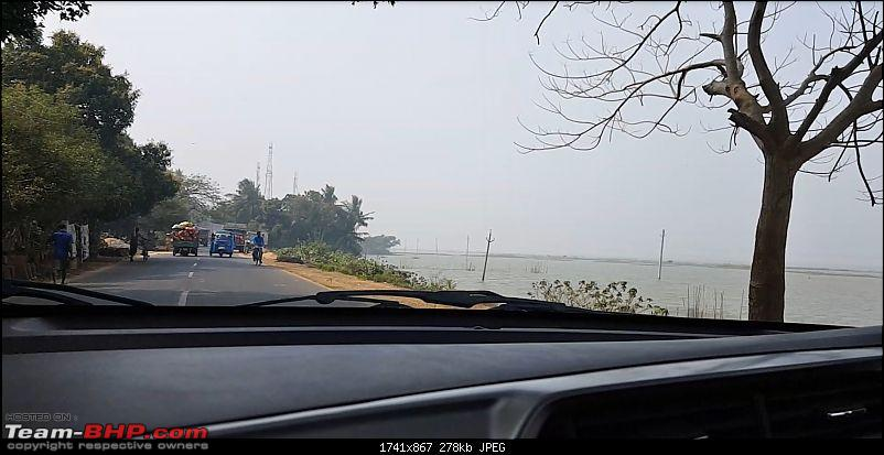 3,422 km round-trip to Orissa along the south-east coast-5_2puritochilikalakedrivealongthesaltlake2.jpg