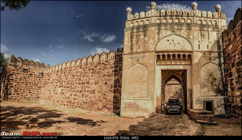 Hyderabad - Gandikota - Belum Caves in a Duster AWD-duster-fort-gate-2.jpg